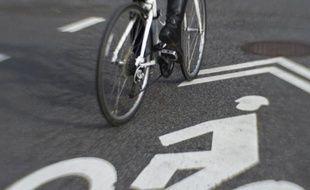 Il se vend plus de vélos que de voitures en France mais l'engouement observé ces dernières années autour de la pratique du deux-roues ne se traduit pas dans les ventes de cycles neufs, ont souligné jeudi les fabricants et distributeurs d'une filière qui représente 12.000 emplois en France.