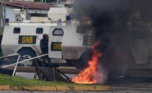 L'attaque d'une base militaire à Valencia, au Venezuela, a fait un mort, ce dimanche 6 août 2017.