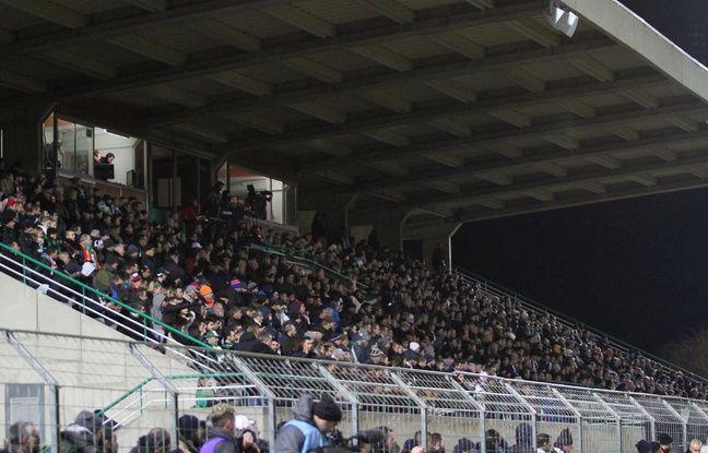 Ambiance des grands soirs au stade Louis Michel de Sète pour le seizième de finale de Coupe de France entre le FC Sète et le Losc