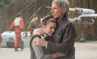 Carrie Fisher et Harrison Ford dans l'épisode VII.
