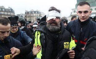 Jérôme Rodrigues affirme avoir perdu son œil lors d'une manifestation à Paris, le 26 janvier 2019.