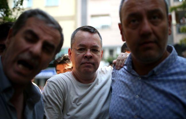 nouvel ordre mondial | Turquie: Libéré, le pasteur américain Andrew Brunson attendu samedi aux Etats-Unis