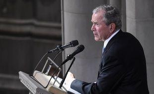 George W. Bush rend hommage à John McCain, à Washington, le 1er septembre 2018.