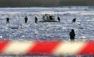 Un zone de fouilles sur le fleuve Amour, près de la ville de Khabarovsk, en Sibérie, le 20 décembre 2005.