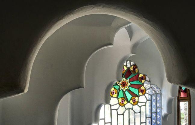 La Torre Bellesguard est une curiosité néogothique dans l'œuvre de Gaudí.
