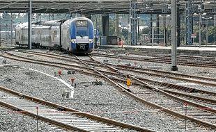 La réorganisation des voies, avant l'arrivée à Lille-Flandres, est achevée.