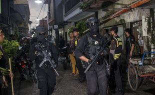 Des membres des forces spéciales indonésiennes le 9 décembre 2017 à Surabaya