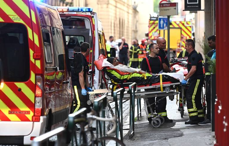 Lyon : un prêtre orthodoxe blessé par balle, le tireur recherché