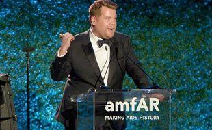 James Corden lors du gala de l'amfAR, à Beverly Hills, le 13 octobre 2017.