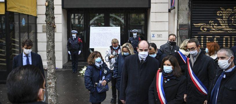 Anne Hidalgo et Jean Castex se sont rendu au Bataclan pour rendre hommage aux victimes des attentats du 13 novembre.