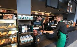 Le 7 avril 2016. Inauguration officielle du Starbucks Strasbourg.