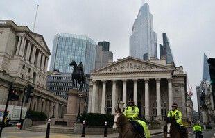 Samedi dans les rues de Londres, alors que le Royaume-Uni fait face à son troisième confinement.