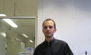 Marseille, le 11 septembre 2014, Eric Ghigo, chercheur au CNRS, prÈsente les rÈsultats de ses recherches sur le ver plat immortel.