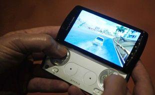 Le Xperia Play de Sony, présenté à Barcelone (Espagne) le 13 février 2011.