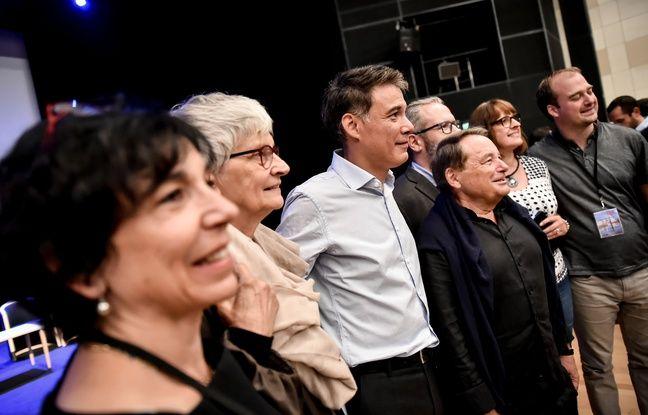 Olivier Faure au milieu des siens, à La Rochelle en 2018.