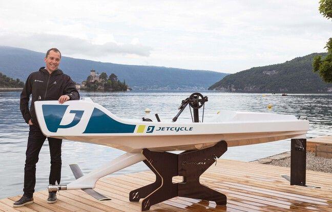 Président de JetCycle depuis octobre dernier, Nicolas Picard présente la troisième version de l'embarcation.