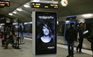 Une publicité interactive dans le métro de Stockholm.