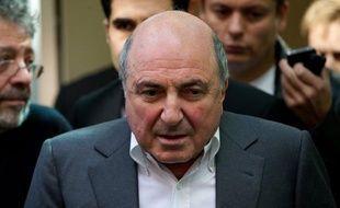 Le milliardaire russe Boris Berezovski est décédé samedi en Angleterre, a annoncé à l'AFP son porte-parole, Tim Bell, affirmant avoir appris la nouvelle par l'avocat de l'oligarque.