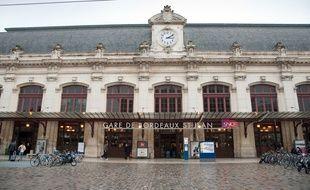 Bordeaux, 20 janvier 2012. - Ambiance sur le parvis de la gare Bordeaux Saint-Jean. - Photo : Sebastien Ortola