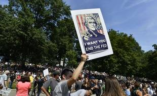 Ils étaient des dizaines de milliers à participer à un contre-rassemblement pour l'égalité et la paix à Boston, le 19 août 2017.