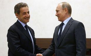 Nicolas Sarkozy et Vladimir Poutine se sont rencontrés près de Moscou, le 29 octobre 2015.
