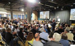 Près de 500 personnes étaient présentes mardi soir à la première réunion publique de la concertation.