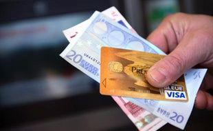 Le coût moyen d'un dépassement de découvert autorisé était de 59 € en 2014 selon Panorabanques