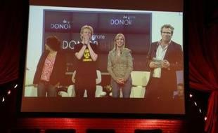 Participants à la fausse émission de télé-réalité néerlandaise, consacrée au don d'organes, le 1er juin 2007.