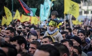 Des milliers de Palestiniens ont célébré le 53e anniversaire du Fatah à Gaza, le 2 janvier 2018.