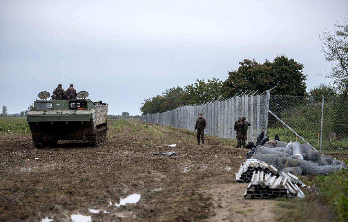 La clôture anti-migrants entre la Croatie et la Hongrie, à Beremend, le 28 septembre 2015. – Tamas Soki/AP/SIPA