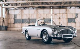 Aston Martin DB5 No Time To Die Edition by Little Car Company