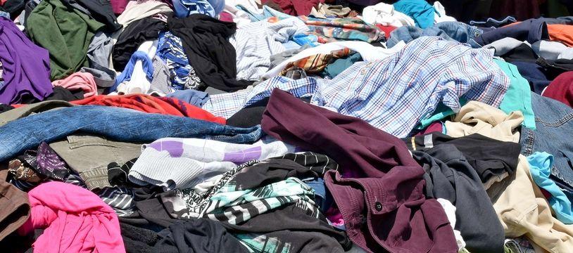 Les mélanges coton-polyester, que l'on retrouve dans près d'un vêtement sur trois, sont particulièrement difficile à recycler