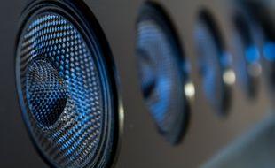 Pour vous aider à choisir, voici un comparatif des meilleures barres de son
