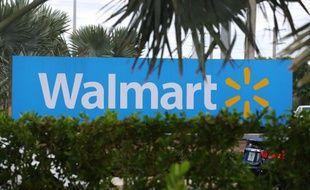 Le logo de Wal-Mart, le 18 août 2015 à Miami, en Floride