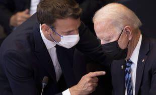 Emmanuel Macron et Joe Biden lors du sommet de l'Otan, le 14 juin 2021.