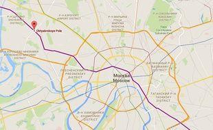 Localisation de la station de métro Oktyabrskoye Pole où a été arrêtée une femme brandissant la tête d'une enfant décapitée.