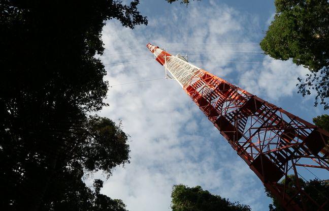La tour Atto, 325 mètres de haut