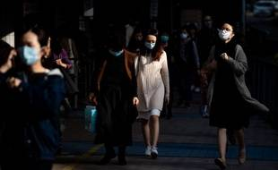 A Hong Kong, une première personne est décédée des suites du coronavirus.