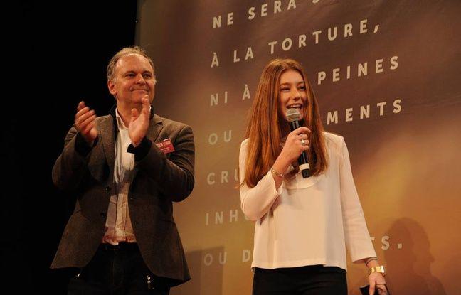 Anne-Laure Tollec à la remise des prix au Mémorial de Caen.