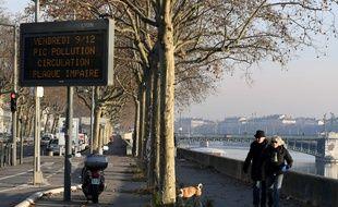 Depuis le 23 janvier 2017, la circulation alternée est mise ne place à Lyon et Villeurbanne. Illustration.