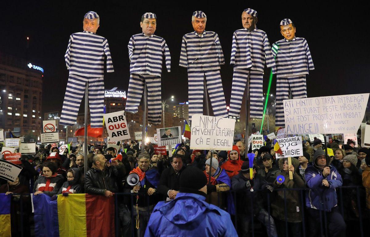 La Roumanie est traversée par une crise sans précédent. – V. GHIRDA/AP/SIPA