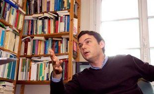 Thomas  Piketty, directeur d'etudes a l'EHESS (Ecole des Hautes Etudes en  Sciences Sociales) et directeur du departement de sciences sociales de  l'ENS ( Ecole Normale Superieure ). Paris, FRANCE - 18/05/2006