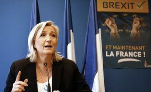 La présidente du FN Marine Le Pen, le 24 juin 2016 à Nanterre près de Paris