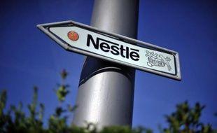 Nestlé en Chine va baisser jusqu'à 20% le prix de ses laits en poudre pour bébé, après l'annonce de l'ouverture d'une enquête pour entente sur les prix entre fournisseurs étrangers par les autorités chinoises, a annoncé le géant suisse de l'agroalimentaire via sa filiale Wyeth.