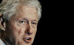 L'ancien président Bill Clinton devait être la superstar de la deuxième journée de la convention démocrate de Charlotte, dont l'apothéose prévue jeudi, le discours d'investiture de Barack Obama dans un stade géant, a été contrariée par la météo.