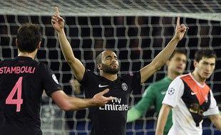 Lucas célèbre son but pour le PSG, lors du match de Ligue des Champions du 8 décembre 2015 contre le Shakhtar Donetsk