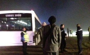Un avion est sorti de la piste à l'aéroport de Lyon-Saint-Exupéry, le 29 mars 2013.