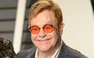 La chanteur Elton John à la soirée Vanity Fair en marge des Oscars