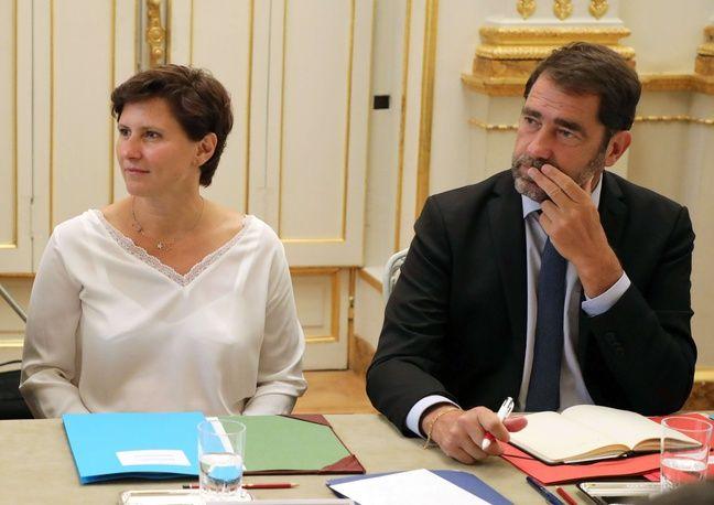 Calendrier Meeting Macron 2019.Gouvernement Photo De Classe Rumeurs Trois Choses A