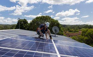 À condition d'y mettre le prix, votre véranda peut aussi devenir une source de chauffage grâce à l'installation de panneaux solaires.